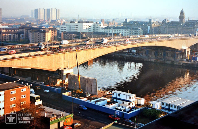 Kingston Bridge, Glasgow - Replacement of north support pier (1999)