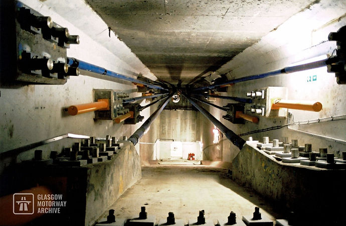 Kingston Bridge - Interior post tensioning system (Late 1990s)
