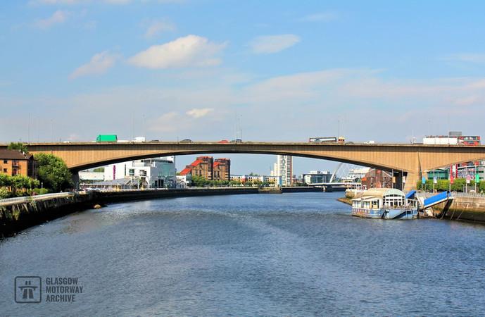Kingston Bridge, Glasgow - Looking West (2014)