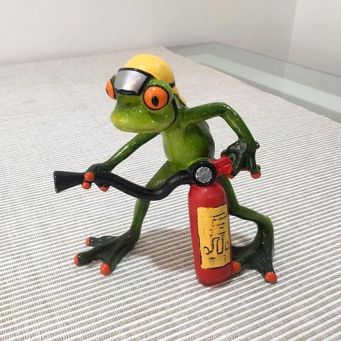 Frosch Feuerwehr mit Löscher