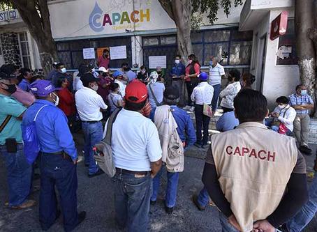 Protestan por segundo día sindicalizados de Capach para exigir el pago de sus salarios
