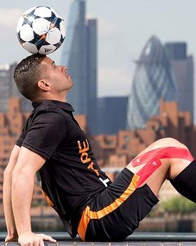 the-football-freestyler1.jpg