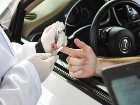 Drive-Thru oferece comodidade e segurança para realização de testes rápidos