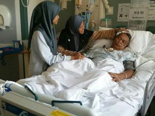 Malaysian suffers stroke in London, family hit by £46,000 hospital bill