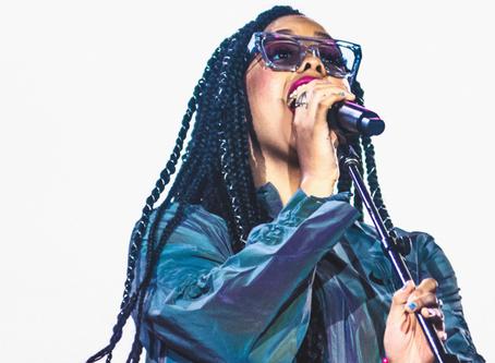 Rock in Rio: H.E.R faz estreia poderosa no país direto do Palco Mundo