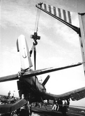 Crash of a Vought F4U-7 Corsair on the French aircraft carrier La Fayette (R96) in 1962.