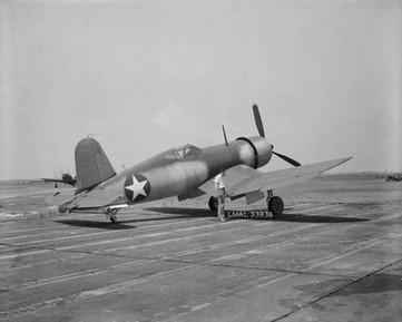 An early F4U-1