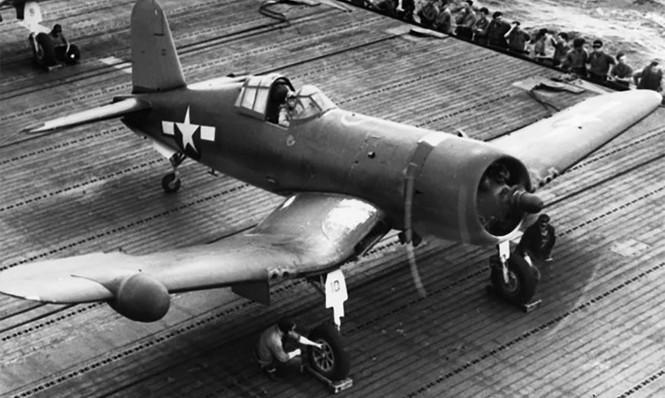 Vought F4U-2 Corsair from VMF-532 on CVE-92