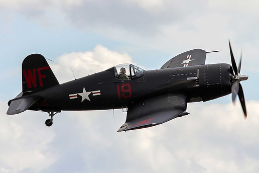 Vought_F4U-5NL Corsair