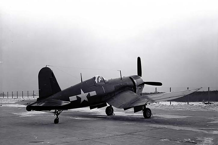 F4U-4 Vought Corsair