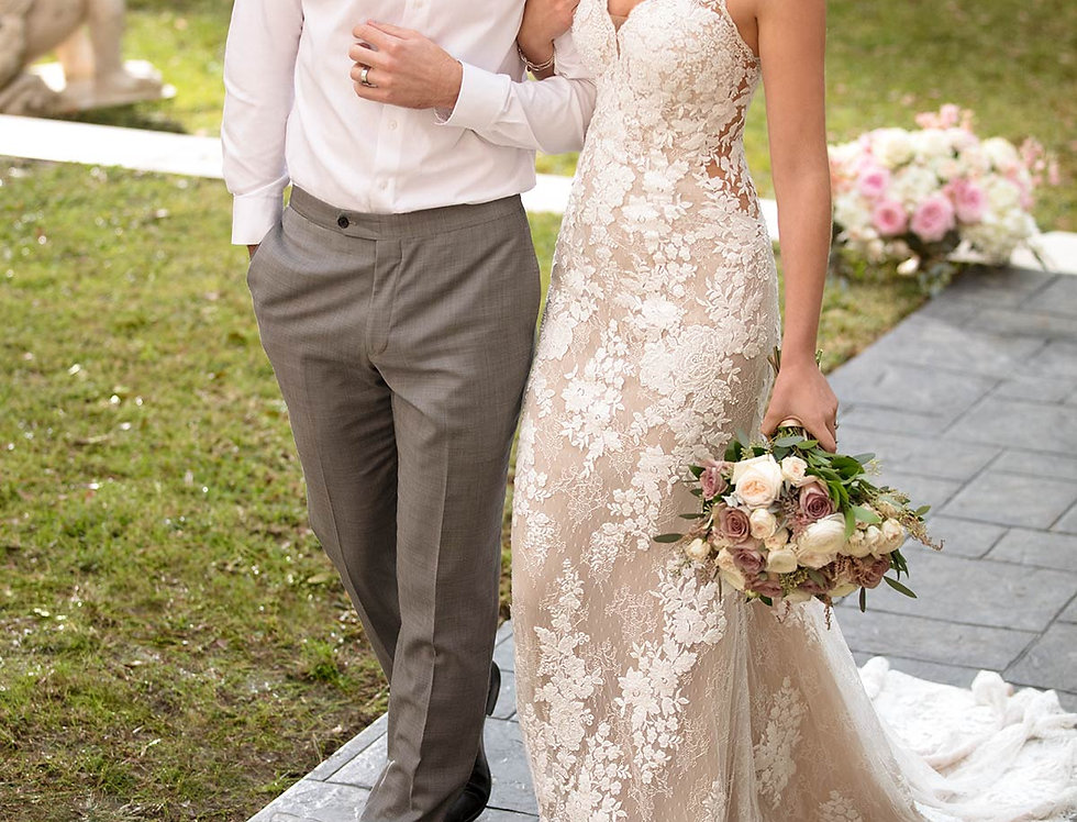 STELLA YORK 6933 FITTED WEDDING DRESS