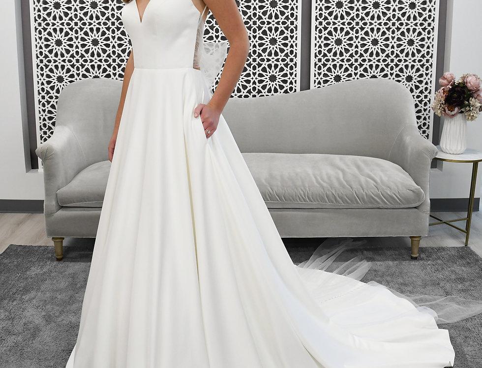 STELLA YORK 7211 PRINCESS BALLGOWN WEDDING DRESS