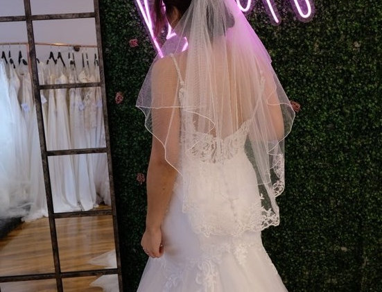 TWO LAYER LACE VEIL