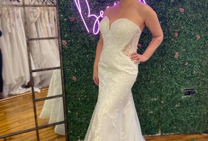 STELLA YORK SIZE 16 MERMAID WEDDING DRESS IVORY
