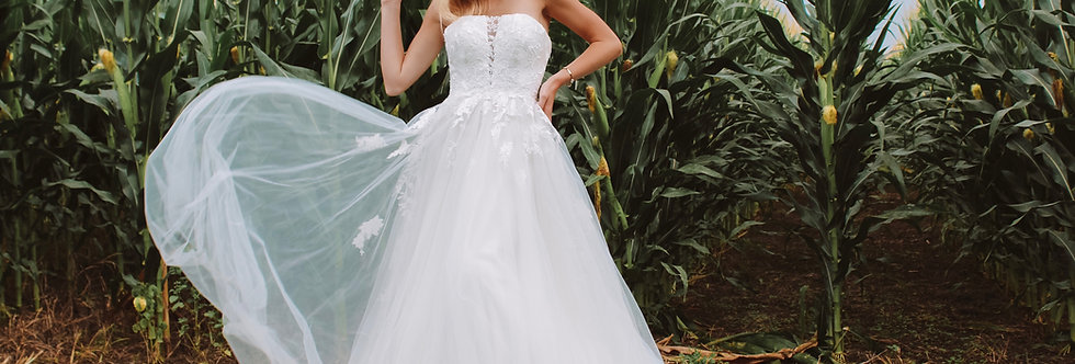 STELLA YORK 7052 BALLGOWN, PRINCESS WEDDING DRESS