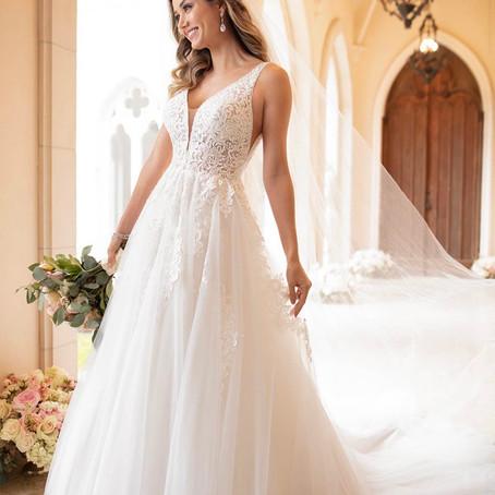 Dress of the week, 10% off this Stella York wedding dress between 15/06/21 & 22/06/21