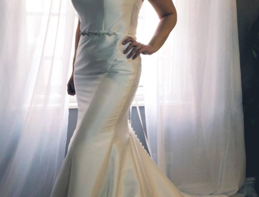 STELLA YORK SIZE 14 FIT AND FLARE, MERMAID  WEDDING DRESS