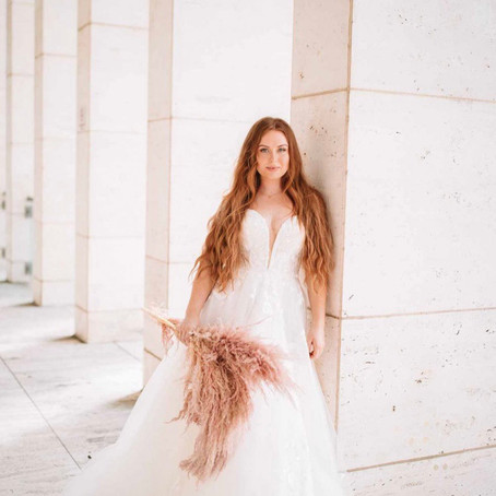 Dress of the week, purchase this Stella York wedding dress between 04/05/21 & 11/05/21