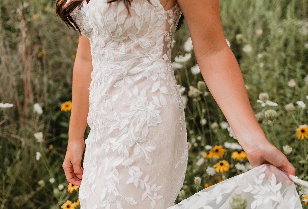 STELLA YORK 7312 FIT AND FLARE WEDDING DRESS