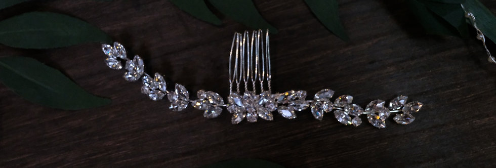 CRYSTAL GLAM HAIR COMB SILVER