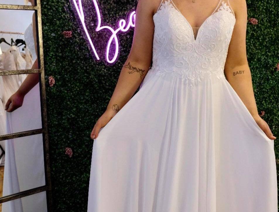 STELLA YORK, BOHO BEACH WEDDING DRESS SIZE 14 SHEATH
