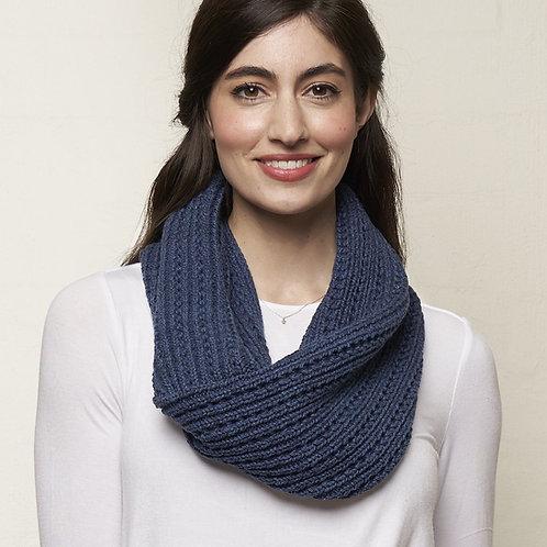 Knitted Loop scarf - blues