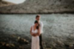 engagement-calanque-marseille-couple-sou