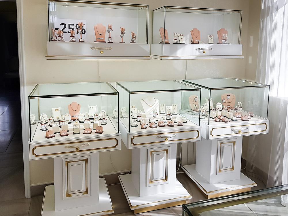 Ювелирный магазин Золотые узоры