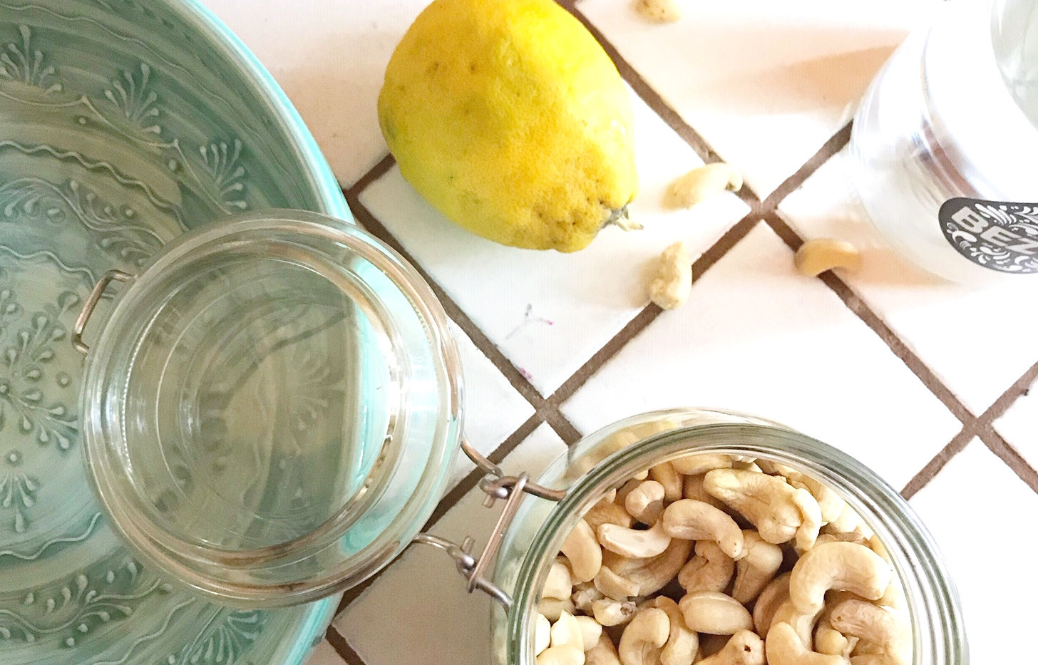 Cashew sour cream in the making