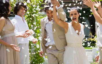 Newly wedded couple celebrating at reception ceremony – Dubai wedding reception photography