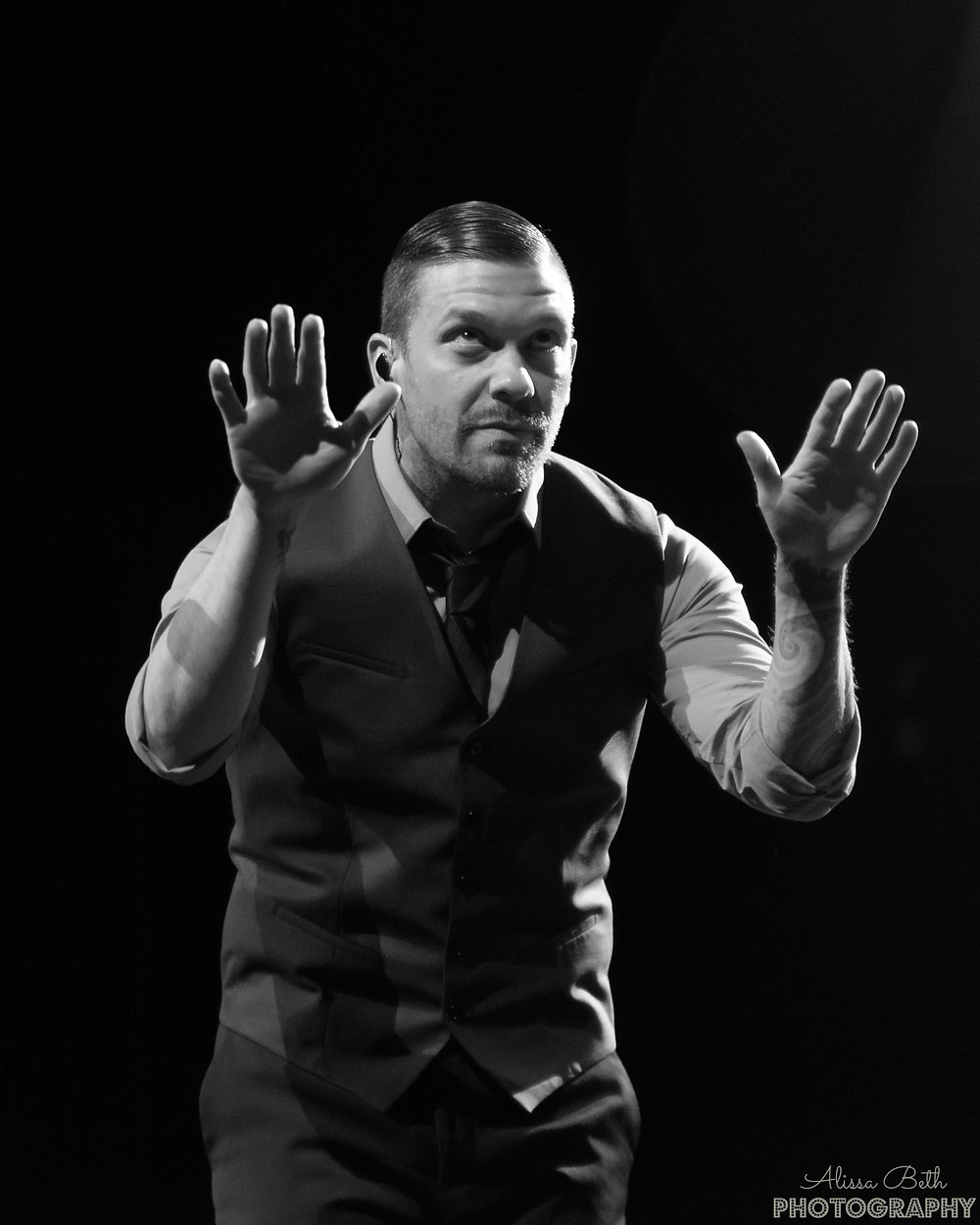 Brent Smith @thebrentsmith Shinedown