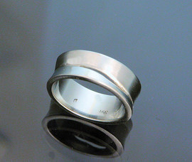 Bowie Ring