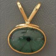 22kt Trapchee Emerald Pendant