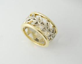 14K Celtic Knot Wedding Ring