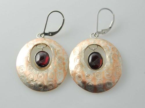 Bondhi Garnet Earrings