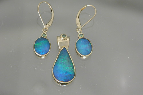 Cozumel Pendant and Earrings Set