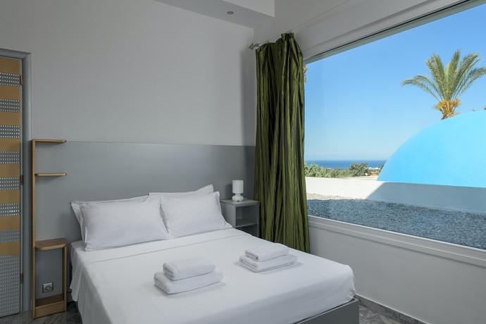 Grande Dame Villa Bedroom