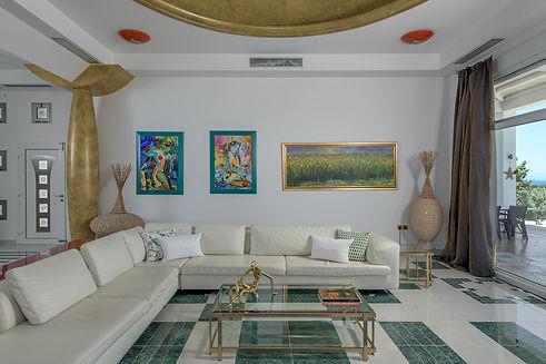 Livingroom-2.jp2