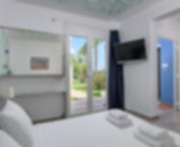 Bedroom-4b.jpg