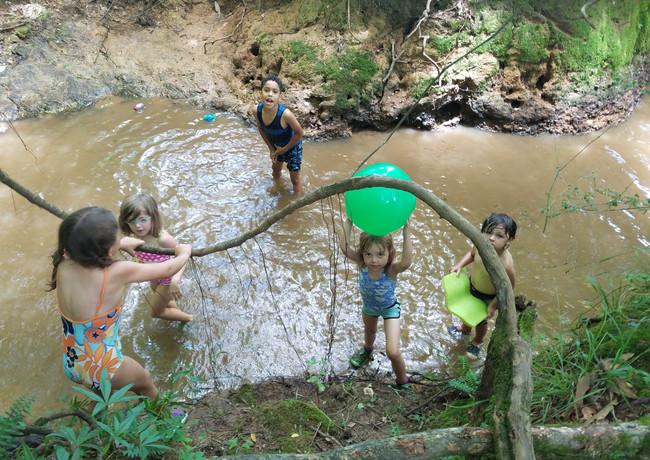 creek.play.02.jpg