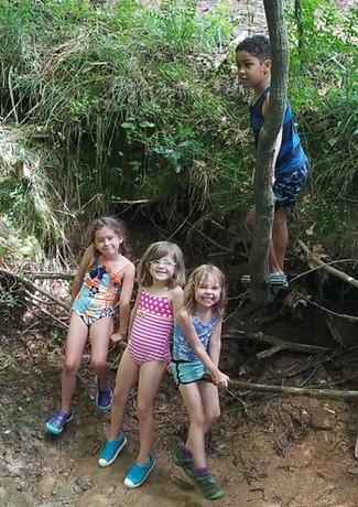 creek.play.01.jpg