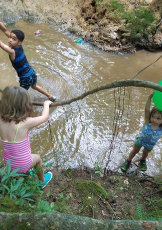 creek.play.03.jpg