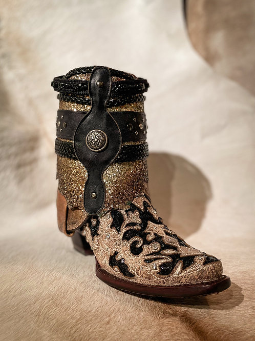 Corral Flipped Shaft Ankle Boots - A3691