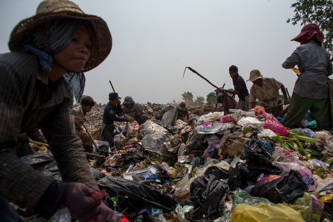 Cambodia Living on Rubbish