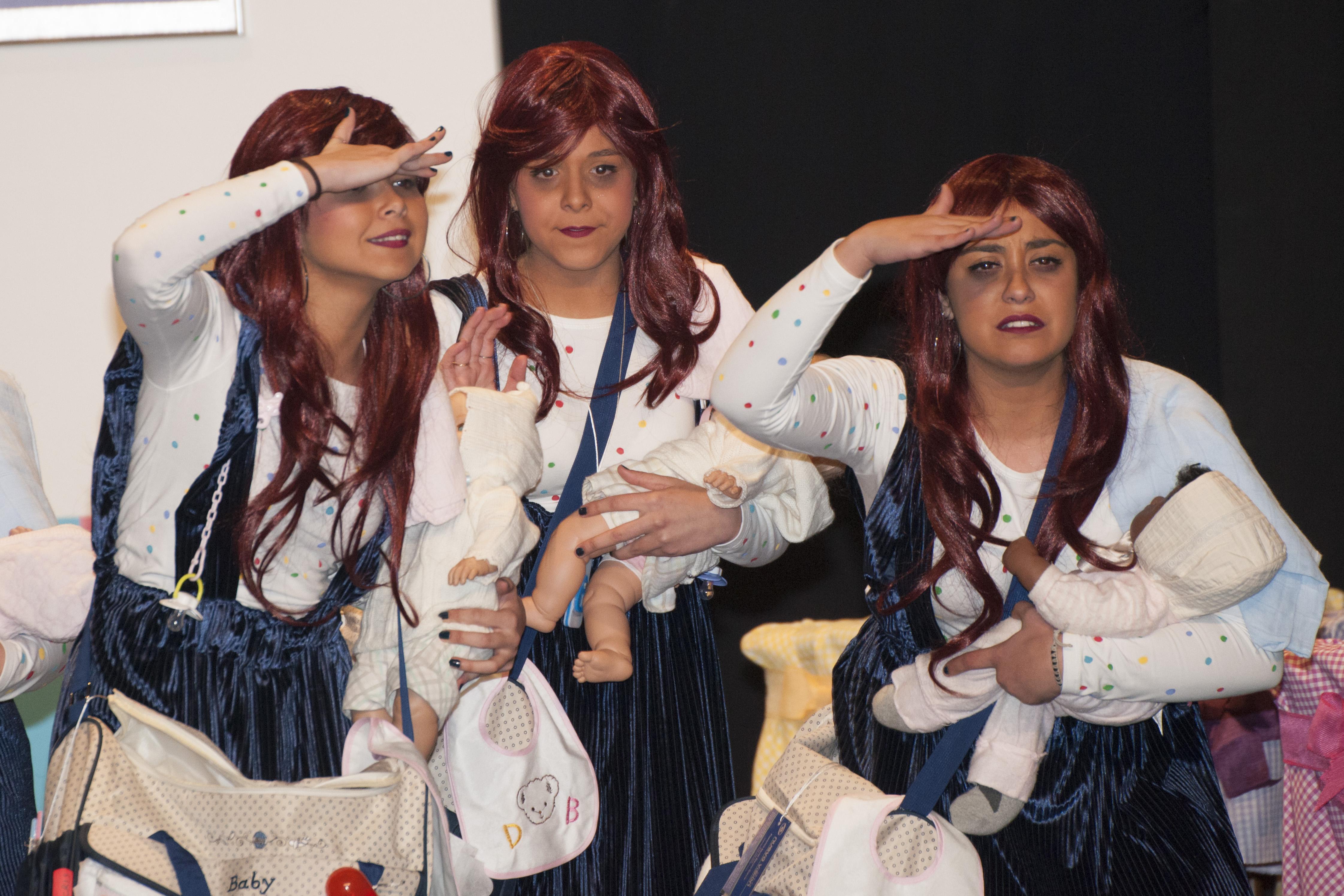 Chirigota Se busca abuela que no sea carnavalera (Carmona)005