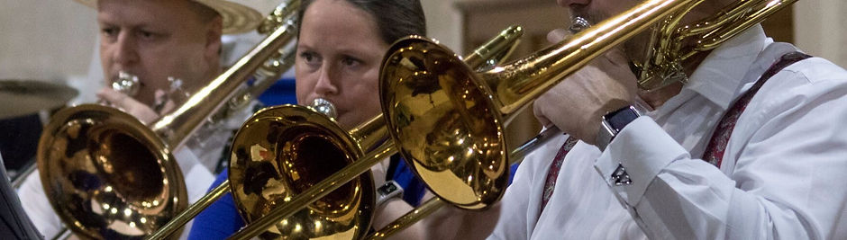 MK-Brass-Band-2017-308_preview-2048x500_edited.jpg