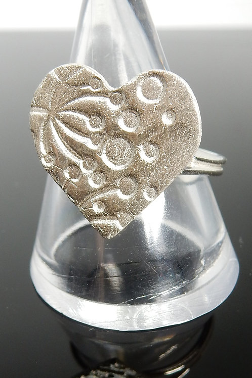 Sead Head imprinted Silver Clay Ring