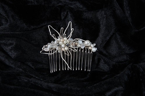 Mother of Pearl Wire Flower Bridal Comb