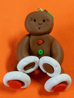 gingerbread lady holly in hair