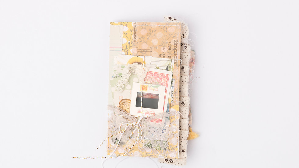 Deluxe Travelers Notebook {Standard}
